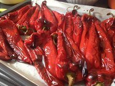Hej, paprika, paprika, ugorj be a fazékba! Chicken Wings, Meat, Recipes, Food, Red Peppers, Essen, Meals, Ripped Recipes, Eten