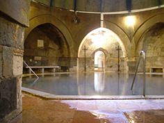03-Kiraly-Bath-Inside