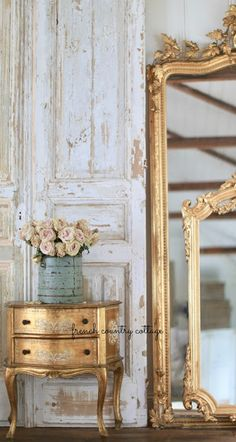 View Weekend View with French vintage Inspiration from French Country Cottage.Weekend View with French vintage Inspiration from French Country Cottage. French Country Furniture, French Country Bedrooms, French Country Cottage, Country Farmhouse Decor, French Country Style, French Country Decorating, Country Chic, Rustic Style, French Style Decor