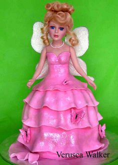 Queen Clarion Cake by Verusca Walker 2008