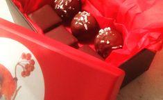 Konfekt til jul. – Fru Haaland Marzipan, Food Blogs, Cranberries, Marshmallows, Yule, Granola, Mocha, Goodies, Container