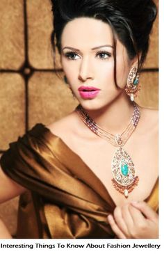 Some important information that you should know about wearing fashion jewellery.