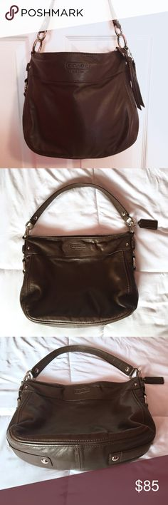Coach Hobo Handbag Authentic Coach brown leather shoulder handbag Gently Loved, Great condition, Minimal Wear  Lots of storage, 3 interior pockets Smoke-Free Home Silver Hardware Coach Bags Hobos