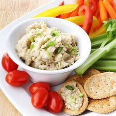 You'll never complain about eating your vegetables when you've got this healthy appetizer on hand! Dip carrots, celery, or sweet peppers into this bean-base artichoke spread for a low-calorie treat. Start to Finish: 15 mins Recipes Appetizers And Snacks, Great Appetizers, Healthy Appetizers, Healthy Snacks, Healthy Eating, Healthy Recipes, Clean Eating, Vitamix Recipes, Veg Recipes