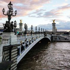 From the Eiffel Tower to the Louvre, Paris is awash with photo taking opportunities. Here are the top 10 iconic photo locations in Paris!