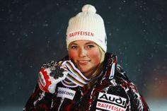 """""""She"""" would be fun to race downhill. She may be Lara Gut? Mikaela Shiffrin, Most Beautiful People, Ski Fashion, Sports Women, Athlete, Winter Hats, Brand New, Female, Lady"""