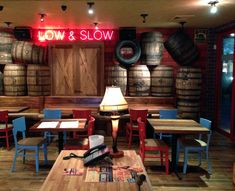 i loved the barrels in this, it gave it a great aesthetic Bbq Bar, Barbecue Restaurant, Rustic Restaurant, Restaurant Concept, Restaurant Design, Restaurant Bar, Bar Interior, Interior Design, Bbq Company