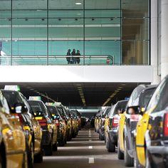 Aeroport de Barcelona-El Prat (BCN) en El Prat de Llobregat, Cataluña http://www.aena-aeropuertos.es/csee/Satellite/Aeropuerto-Barcelona/es/Barcelona-El-Prat.html