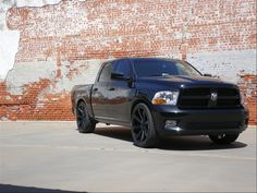Dodge Ram 1500 murdered out looking mean....