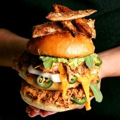 Pulled Organic Chicken Burger with Smashed Avocado, Jalapeno and Cheese Sauce - Nancy's Cravings