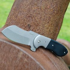 Pocket knife: Böker Plus Impetus, designed by Michael Burch. An extremely rugged knife with refined ergonomics. #boker