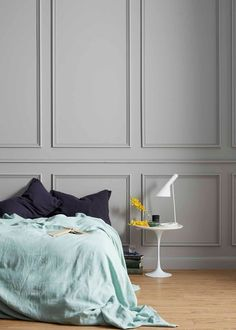 Mouldings from Porta make a striking backdrop to this bedroom Architrave, Decorative Mouldings, Living Spaces, Living Room, Wall Molding, Interior Stylist, Bedroom Wall, Architecture Details, Home Remodeling
