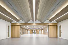 Gallery of Four Primary Schools in Modular Design / wulf architekten - 19 - 天花 - Contemporary Architecture, Architecture Details, Interior Architecture, Modern Interior, Ceiling Detail, Ceiling Design, Lighting Concepts, Lighting Design, Design Modular