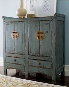 """DIY distress furniture - """"chipping cream"""". Love this piece and the color!"""