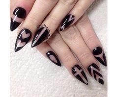 Gotycki manicure - super pomysły na czarne paznokcie - Strona 3