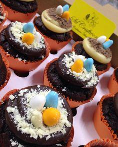 Cupcake de chocolate com brigadeiro #ninhodepassarinho