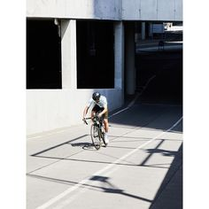 streets of vienna, austria. #bbuc #outdoordisco #cycling