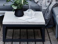 Betonipöytä terassilla