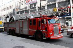Montreal Fire Apparatus | SIM 490 Montreal, Quebec Canada 04032010 ©Ian A. McCord