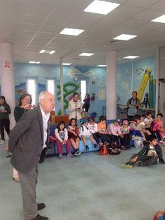 Cuentacuentos.Campus de Puerto Real. Intervención de Eduardo Mendicutti.