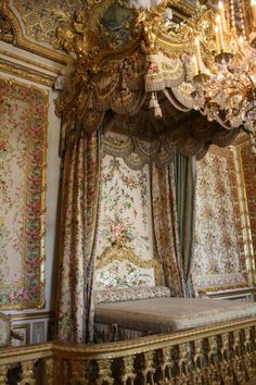 Marie Antoinette's official bed in Versailles Palace