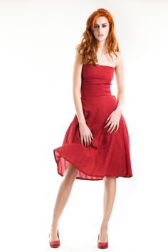 The passionate red Marilyn dress collection by MuMusyros Sustainable Fabrics, Sustainable Fashion, Handmade Dresses, Green Fashion, Ethical Fashion, Alternative Fashion, World Of Fashion, Organic Cotton, Strapless Dress