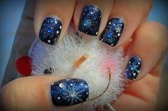 Unghie natalizie 2014: 20 Idee da copiare per stupire con le Mani unghie natalizie 2014 blu