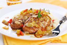 Pollo al ajillo con salsa de almendras ¡Te encantará esta combinación de sabores!  #PolloAlAjillo #RecetasDePollo #RecetasDeAves #RecetasDePolloFaciles #PolloEnSalsaDeAlmendras