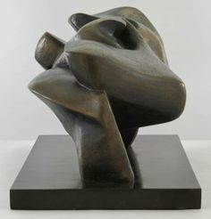 Henry Moore OM, CH  Large Slow Form 1962-8