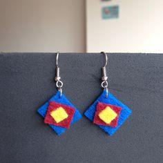Felt earrings por Xangar en Etsy