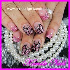 Pink butterflies. Looove them