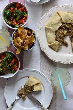 A Cozinha da Ovelha Negra: Gallete de cebola caramelizada e cogumelos