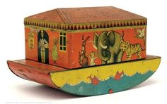 Noah's Ark Tinplate Biscuit Tin 20th Century