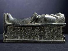 Amenhotep Iii, Egypt Mummy, Canopic Jars, Egypt News, Valley Of The Kings, Egypt Travel, Stone Slab, Egyptian Art, British Museum