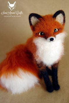 * MADE TO ORDER * RED FOX * POSE-ABLE * MINIATURE *  Size: MEDIUM / size ranges from 6 to 8 inches (15 cm to 20 cm) *size represents minimum and