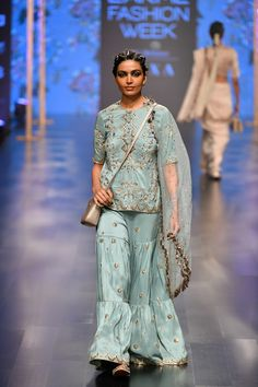 Payal Singhal at Lakmé Fashion Week summer/resort 2019 Pakistani Bridal Dresses, Bridal Lehenga, Sharara Designs, Off White Dresses, Beautiful Suit, Indian Designer Wear, Indian Designers, Lakme Fashion Week, Stylish Dresses