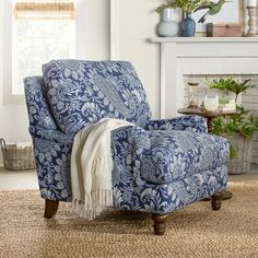 Furniture of America Digg Beige Fabric Accent Chair (Beige) Blue White Decor, Armchair, Decor, New Furniture, Blue And White Living Room, Furniture, Futuristic Furniture, Home, White Decor