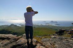 Vetten (tips Frode & Marita): Fra Fjærvoll legges kursen mot nordkanten av Fjærvollfjellet, og ryggen følges sørover, til topps. Videre østover på utmarksveg over Soppåselva. Ryggen sør for Trolldalsvatnet følges til toppen av Vetten (467 moh), med navn etter veten som tentes her i gamle dager.