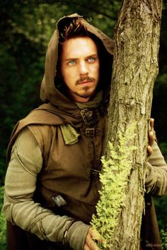Joe Armstrong as Allan A Dale (and no the name is just a coincidence to Jonas Armstrong as Robin Hood!)
