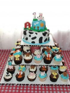 This is what I want to do for Brantley's birthday. not farm animals though