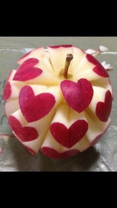 Apple carving... hearts