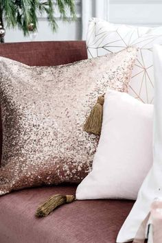 Cekinowa poszewka na poduszkę | H&M