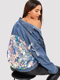 Shein Sequin Contrast Drop Shoulder Denim Jacket Black Glamorous Long Sleeve Pullovers Fabric has some stretch Spring/Fall Sweatshirts, size features are:Bust: ,Length: Regular ,Sleeve Length:Long Sleeve Womens Fashion Online, Latest Fashion For Women, Mode Kawaii, Mode Jeans, Fashion Week, Fashion Trends, Sequin Jacket, Denim Fashion, Ideias Fashion