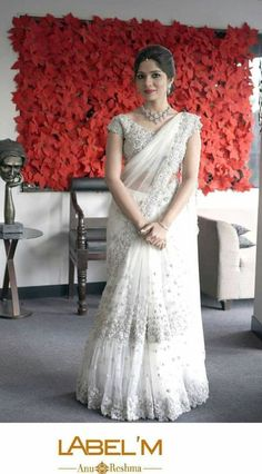 54 ideas christian bridal saree white indian outfits You can find different rumors about the real history of the marriage … White Saree Wedding, Indian Wedding Gowns, White Bridal, Bridal Wedding Dresses, Bridal Bouquets, Bridal Sari, Indian Bridal Sarees, Indian Bridal Wear, Christian Wedding Sarees