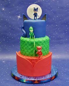 Pj Masks Birthday Cake Birthday cake for my daughter. and chocolate fudge … Pj Masks Birthday Cake Birthday cake for my daughter. and chocolate fudge cakes with dark chocolate buttercream filling…. Pj Masks Birthday Cake, 4th Birthday Cakes, Boy Birthday Parties, Birthday Celebration, Girl Birthday, Birthday Ideas, Torta Pj Mask, Torta Blaze, Pj Mask Cupcakes