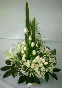 Alter Flowers, Home Flowers, Church Flowers, Funeral Flowers, Large Flower Arrangements, Funeral Flower Arrangements, Deco Floral, Arte Floral, Ikebana