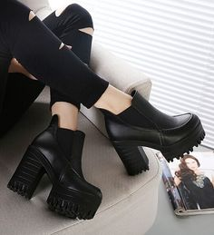 Street Style Black Chunky Heel Boots. I'm simply obsessed with these type of boots.