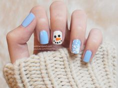 chunky sweaters + holiday nail art