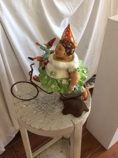 """""""Lady Mary"""" created by artist Anna Tazzari, Handmade pottery. Selling price 200,00 euro. Please contact me by email abarozzi59@gmail.com . Payment using PAYPAL account. Item number A1"""