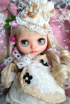 Basara ※ Custom Blythe ★ Antique Flower ★  Buy her here:   #blythe #blythedolls #kawaii #cute #rinkya #japan #collectibles #neoblythe #customblythe